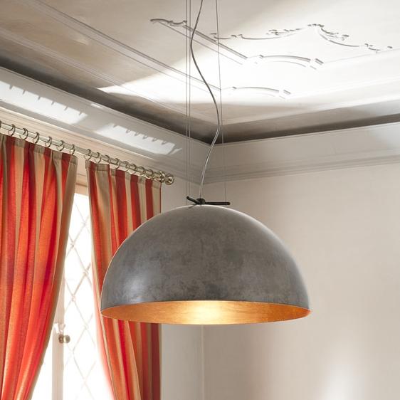 gro e metall pendelleuchte mit halbkugelschirm mit edlem. Black Bedroom Furniture Sets. Home Design Ideas