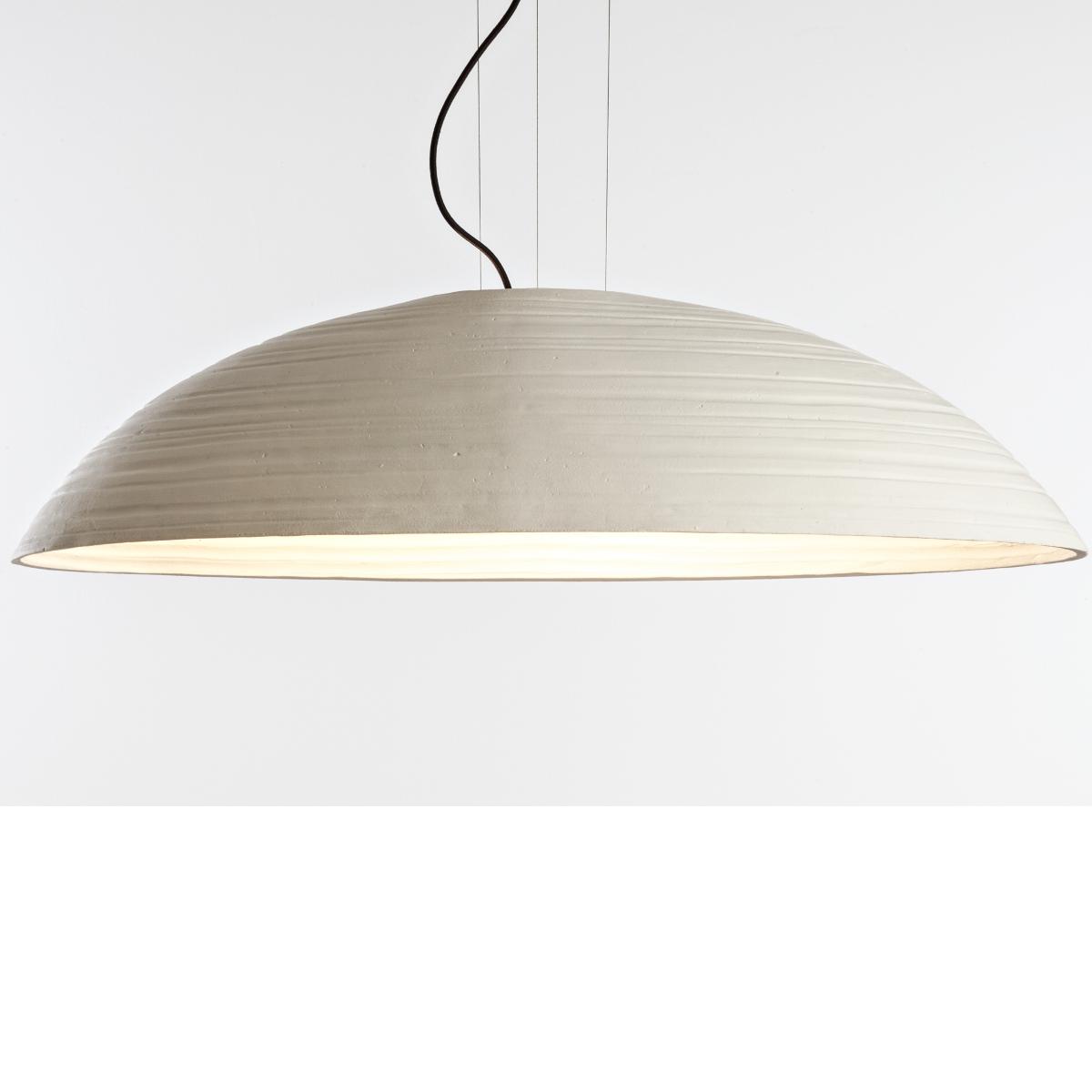 Italienische design leuchte mit gro em ovalem schirm for Grosse suspension design