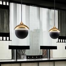 italienische manufaktur leuchten aus messing und keramik. Black Bedroom Furniture Sets. Home Design Ideas
