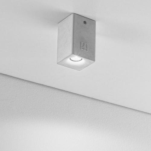 eckige beton deckenspots mit led modul als au enlampen und wohnraum spots. Black Bedroom Furniture Sets. Home Design Ideas
