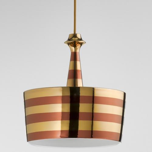 Design-Pendelleuchte mit Beschichtung in Kupfer und Gold