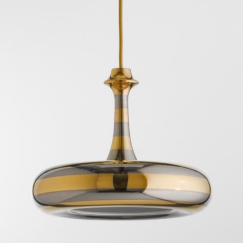 Design-Pendelleuchte mit Beschichtung in Platin und Gold