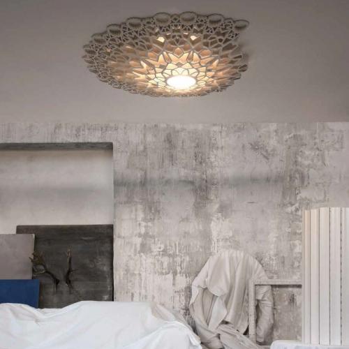 Flache Design-Leuchte in zwei Größen, Farbe Gold