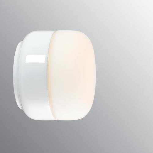 Flache Decken- und Wandleuchte in weißer Keramik