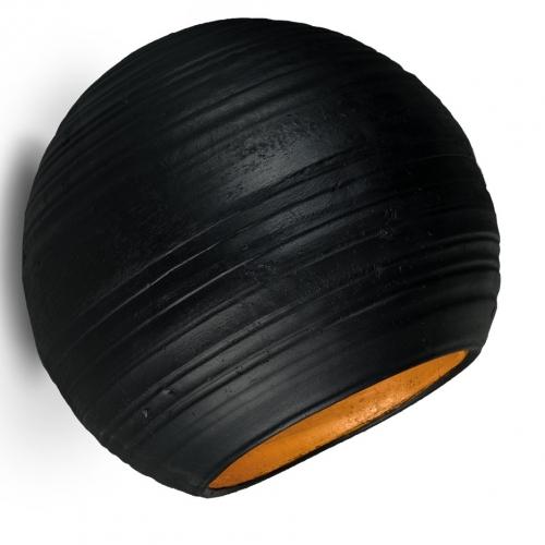 Großes Modell des Wandfluters in cremeweißer Keramik, innen Himmelblau