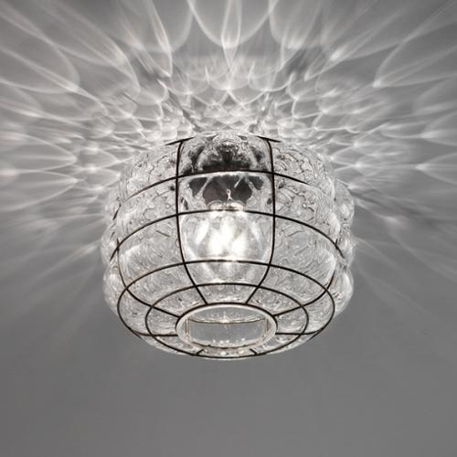 Kleines Modell der Deckenleuchte in gewelltem Kristallglas
