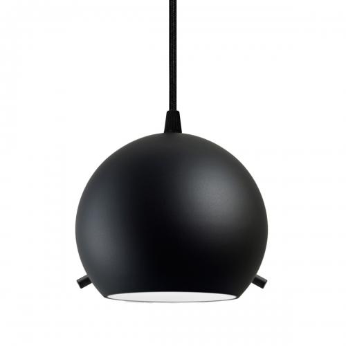 Minipendelleuchte mit matt-schwarzem Schirm an schwarzer Halterung