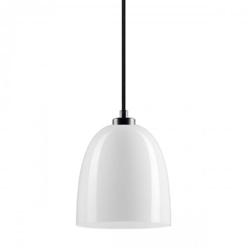 Glaspendelleuchte mit glänzendem weißem Schirm und schwarzer Aufhängung