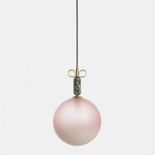 Design-Hängelampe mit Schirm in Pink und alpen-grünem Marmor