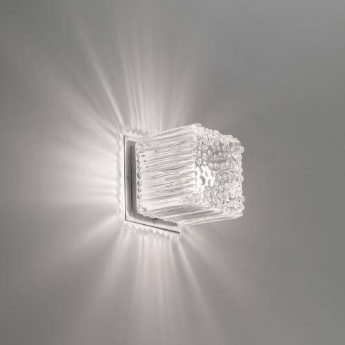 Kubische Wandleuchte aus Kristallglas